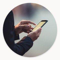 Smartfon wdłoni